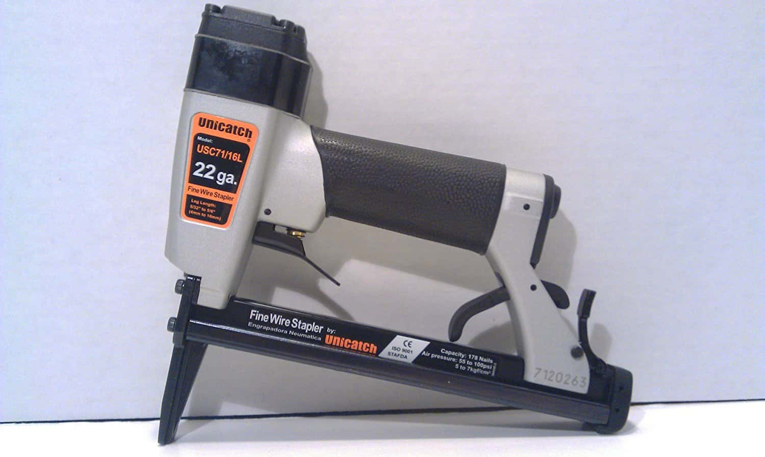 "Unicatch USC71/16L (US2238AL) Long Nose Upholstery Stapler 22 Gauge 3/8"" Crown"